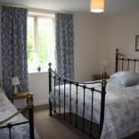Fulbeck Gardens Cottage Family Bedroom