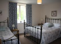 Fulbeck Gardens Cottage Family Bedroom