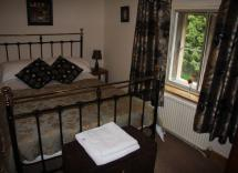 Fulbeck Gardens Cottage Double Bedroom